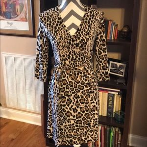 Banana Republic Animal Print Wrap Dress XS EUC!